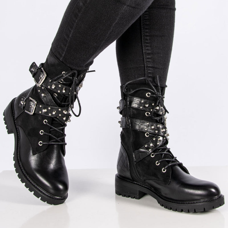 Boots| Mickey Black