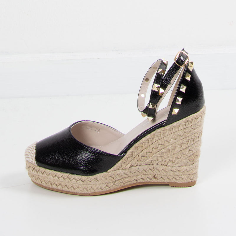 Stud Wedge | Black