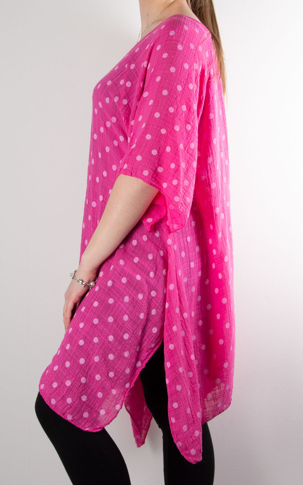 Mel Cheesecloth Fan Sleeve T | Spot | Hot Pink