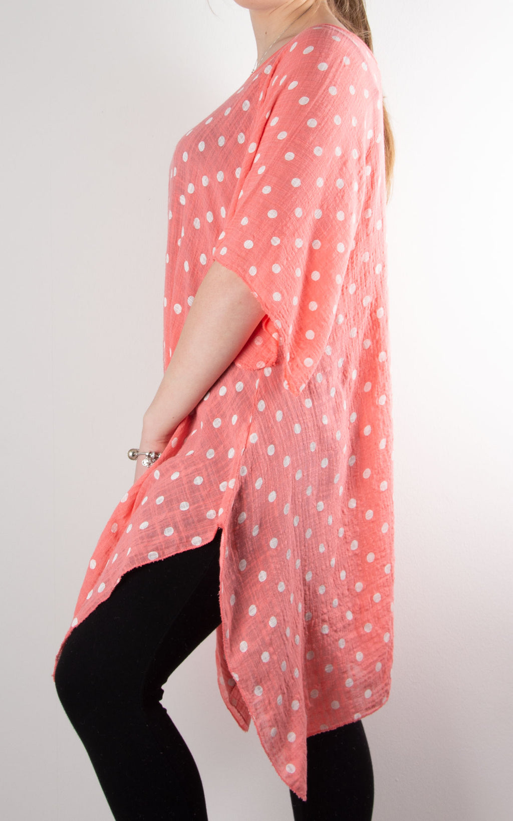 Mel Cheesecloth Fan Sleeve T | Spot | Coral