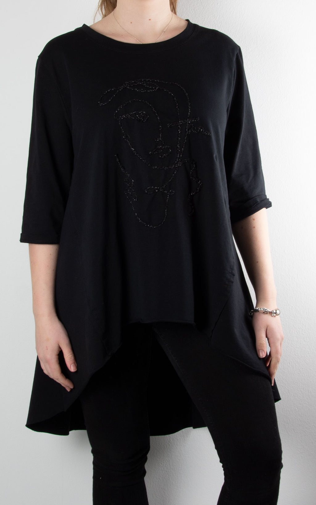 Embroidered Face Sweat | Black
