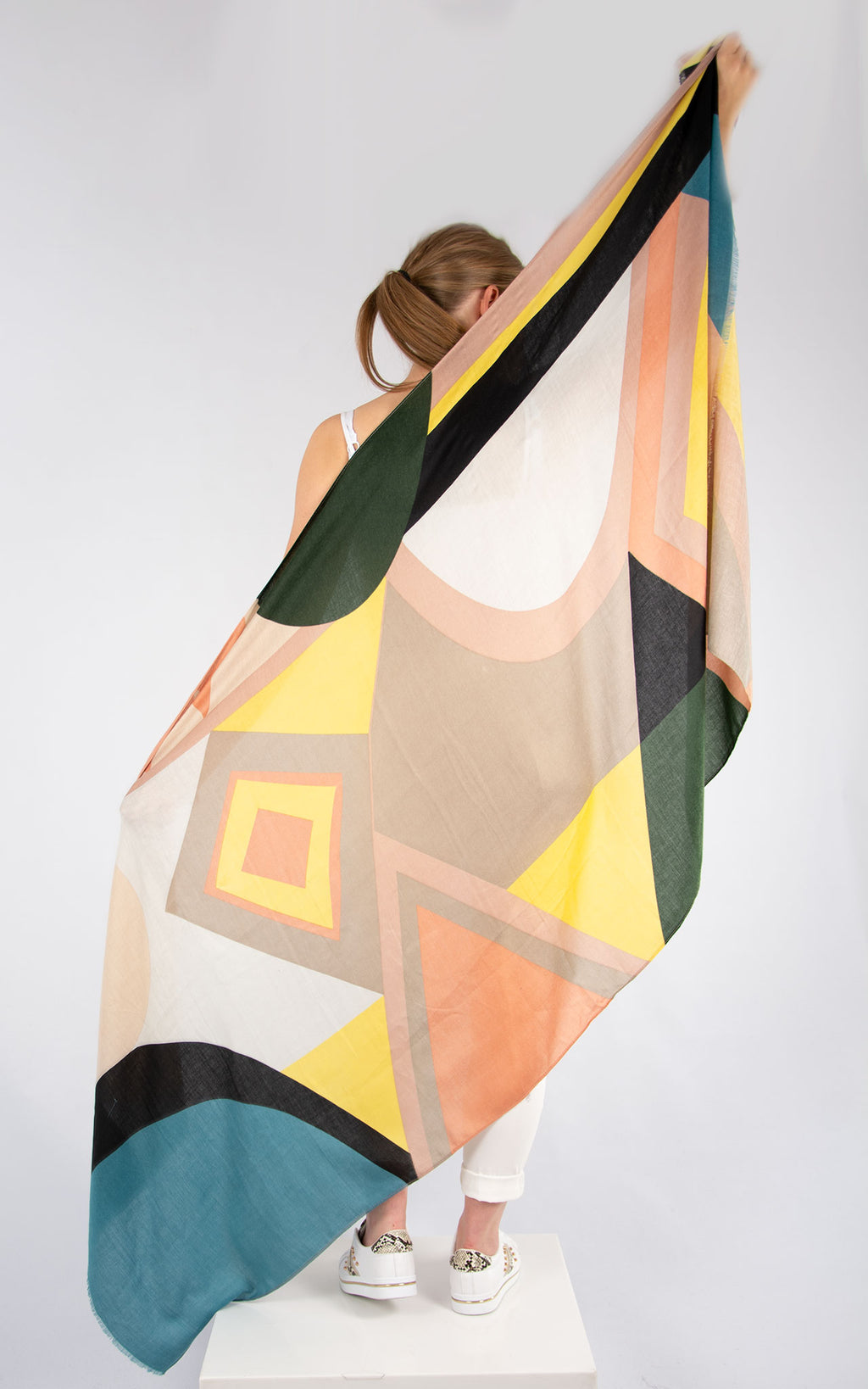 Retro Style Scarf Grey And Peach
