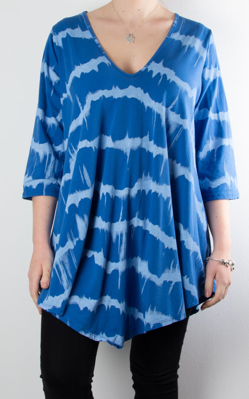 Juliette Tie Dye V Neck | Blue