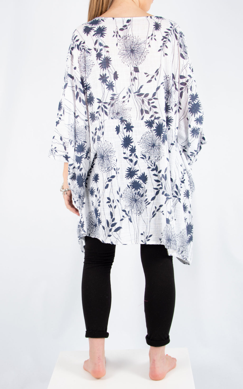 White Liz Floral Pocket Oversized T