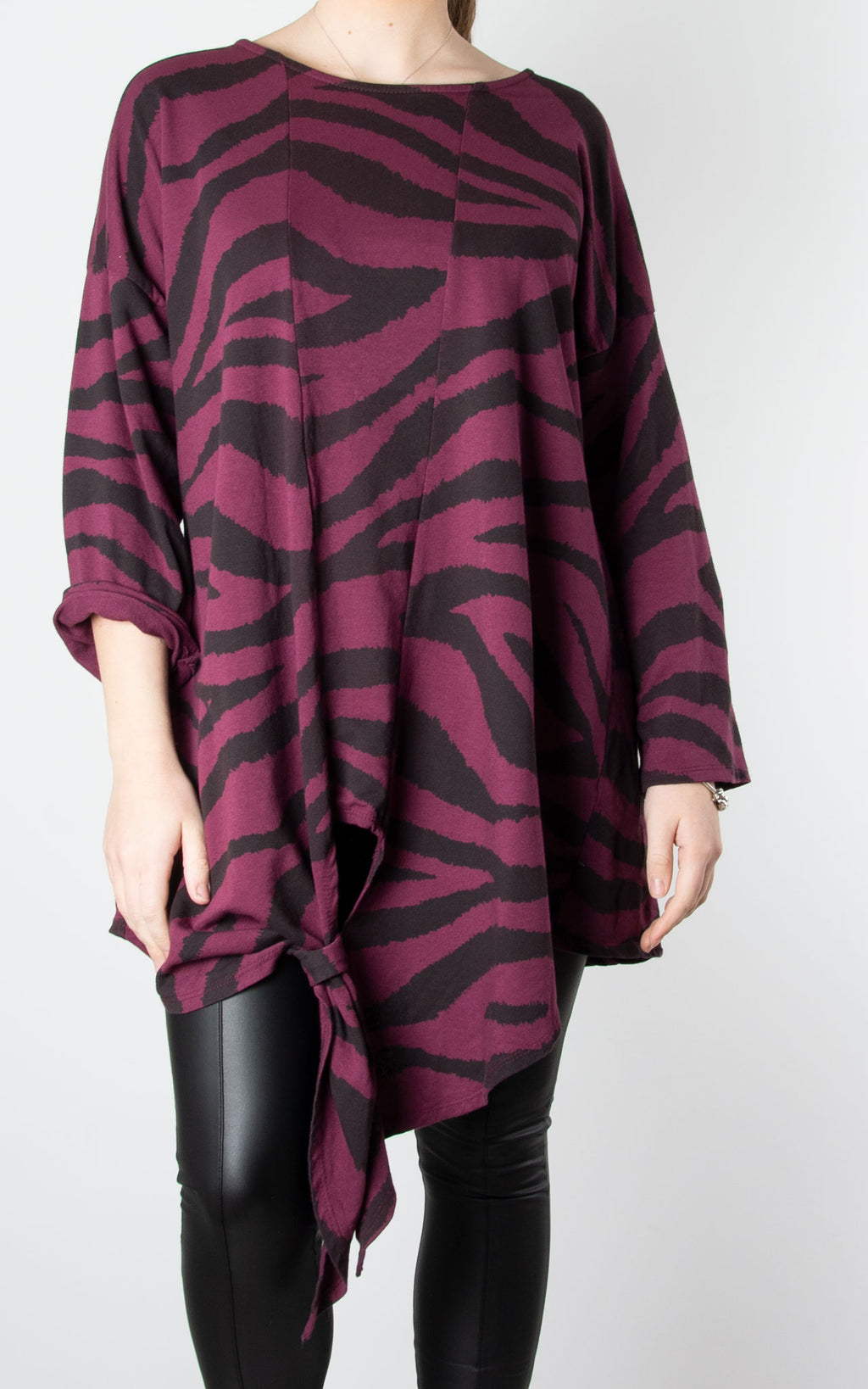 Longline Tiger Knot Front | Wine