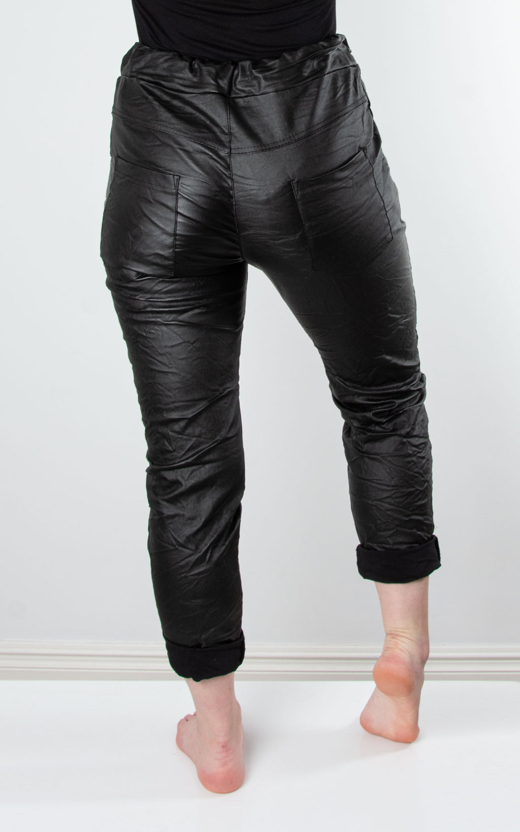 Magic Jogger :Leather Look|Black