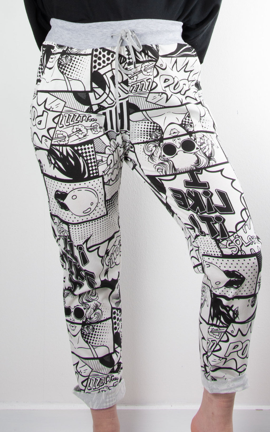 Pop Art Basic Jogger | Black