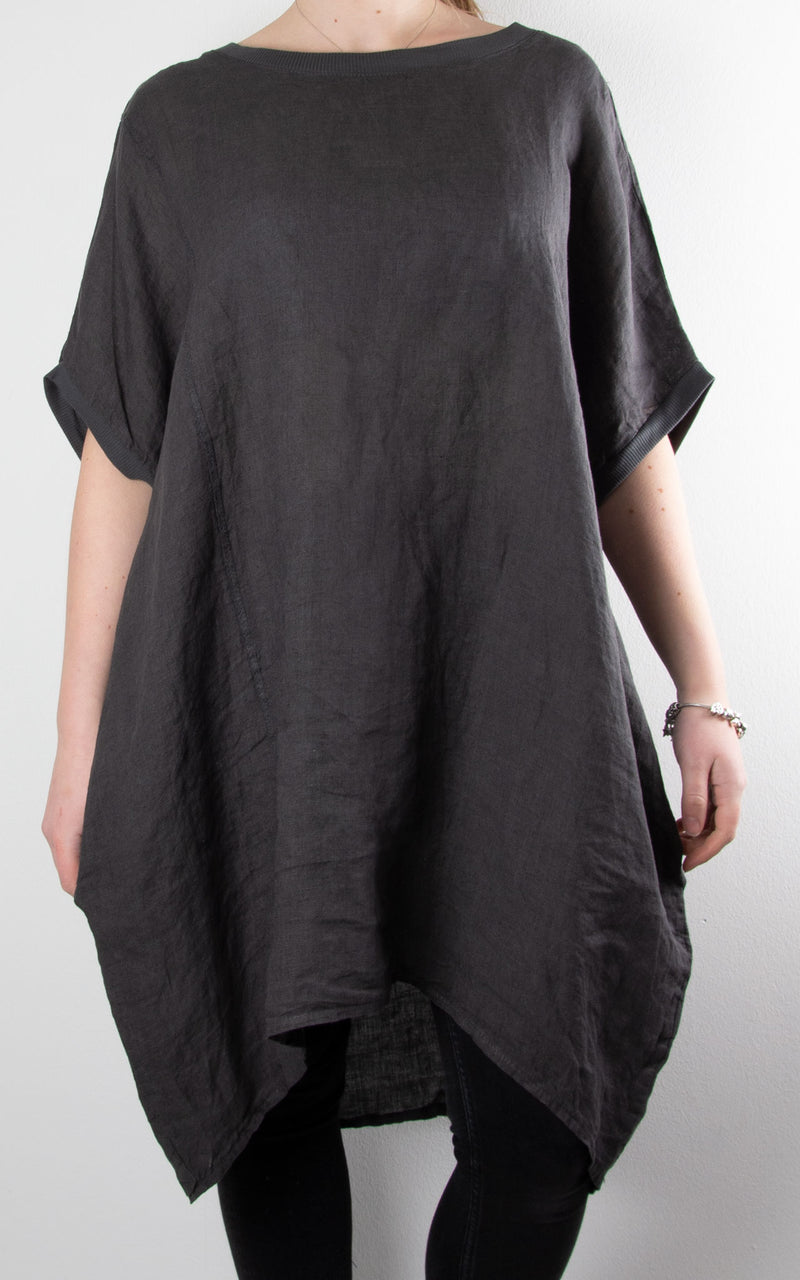 Saint Wing Back | Charcoal