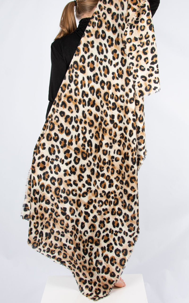 Scarf: Fine Knit Leopard Frayed Edge