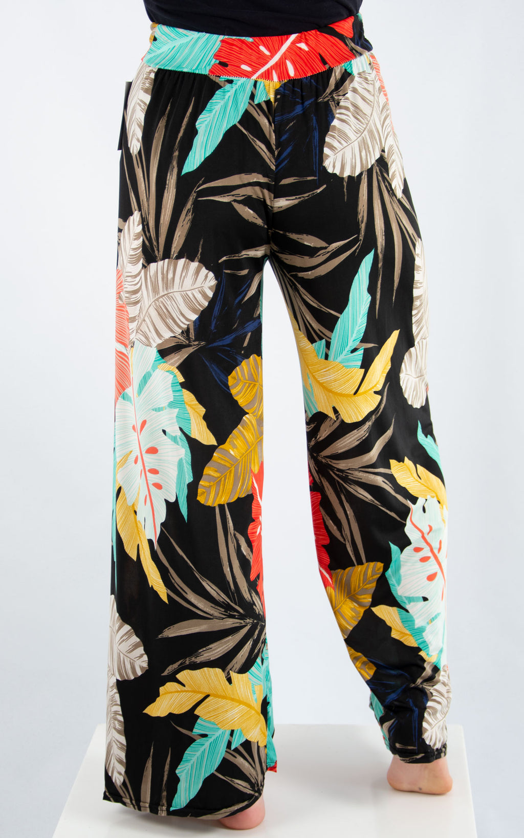 Magic Palazzo Trousers: Black Tropical