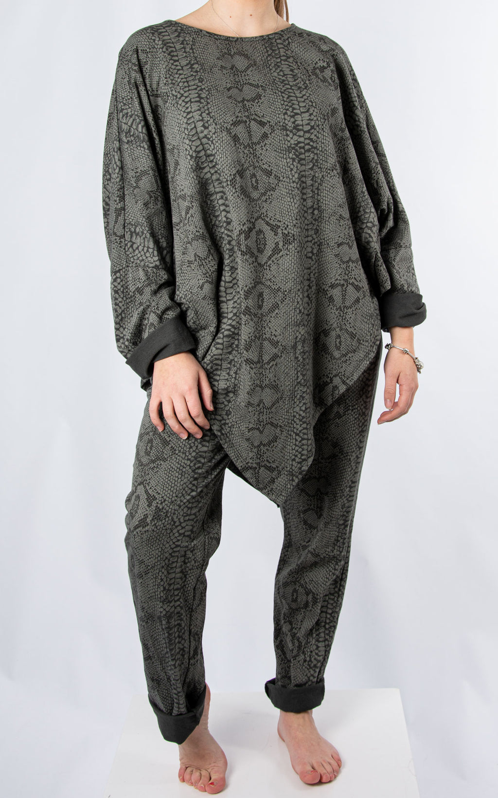 V Front Lounge Set | Snake Print | Dark Grey
