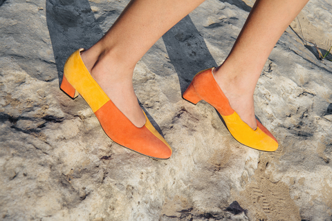 Géza Colorblock Suede Pumps (Tangerine/Vermillion)