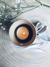 Load image into Gallery viewer, Ceramic Heart Tea Light Holder