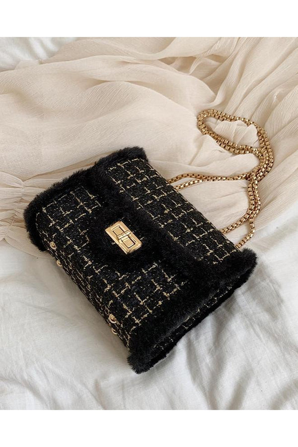 CALL ME CLASSIC SHOULDER BAG BLACK-Le Musthave