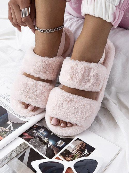 FLUFFY SLIDES PINK-SLIPPERS-Le Musthave