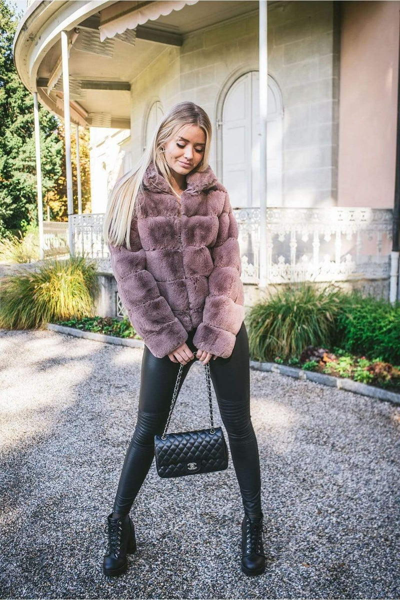 KYLA FAUX FUR COAT TAUPE-Le Musthave