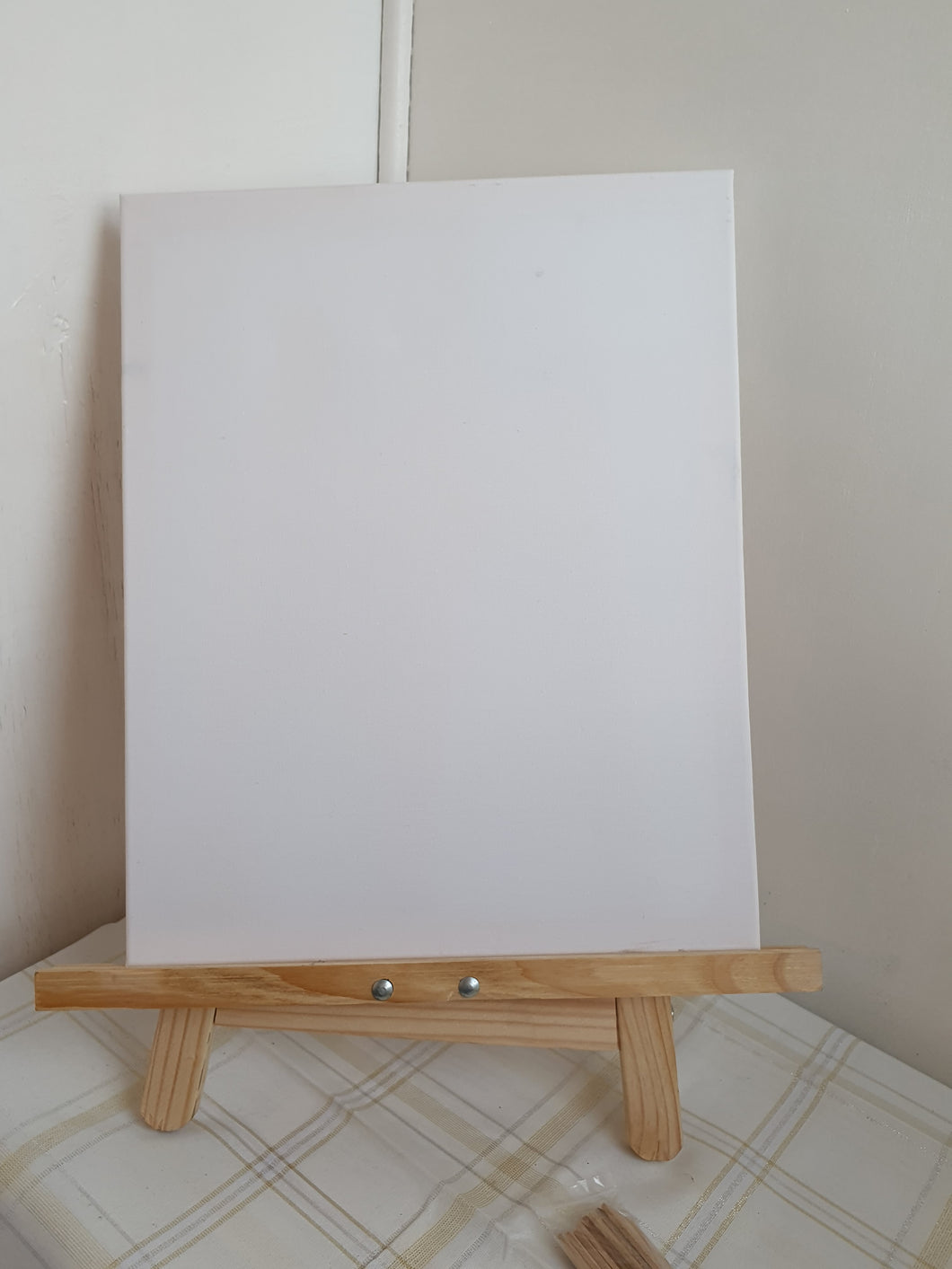 Wooden Easel Board with Canvas