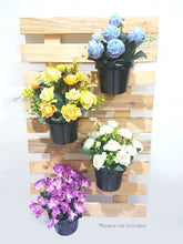 Load image into Gallery viewer, Hanging Wooden Pallet with Vase
