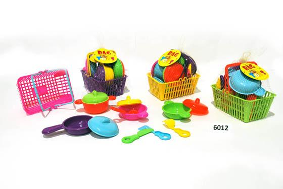 Kitchen Set in Basket