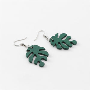 """Minimal Leaf"" earrings"