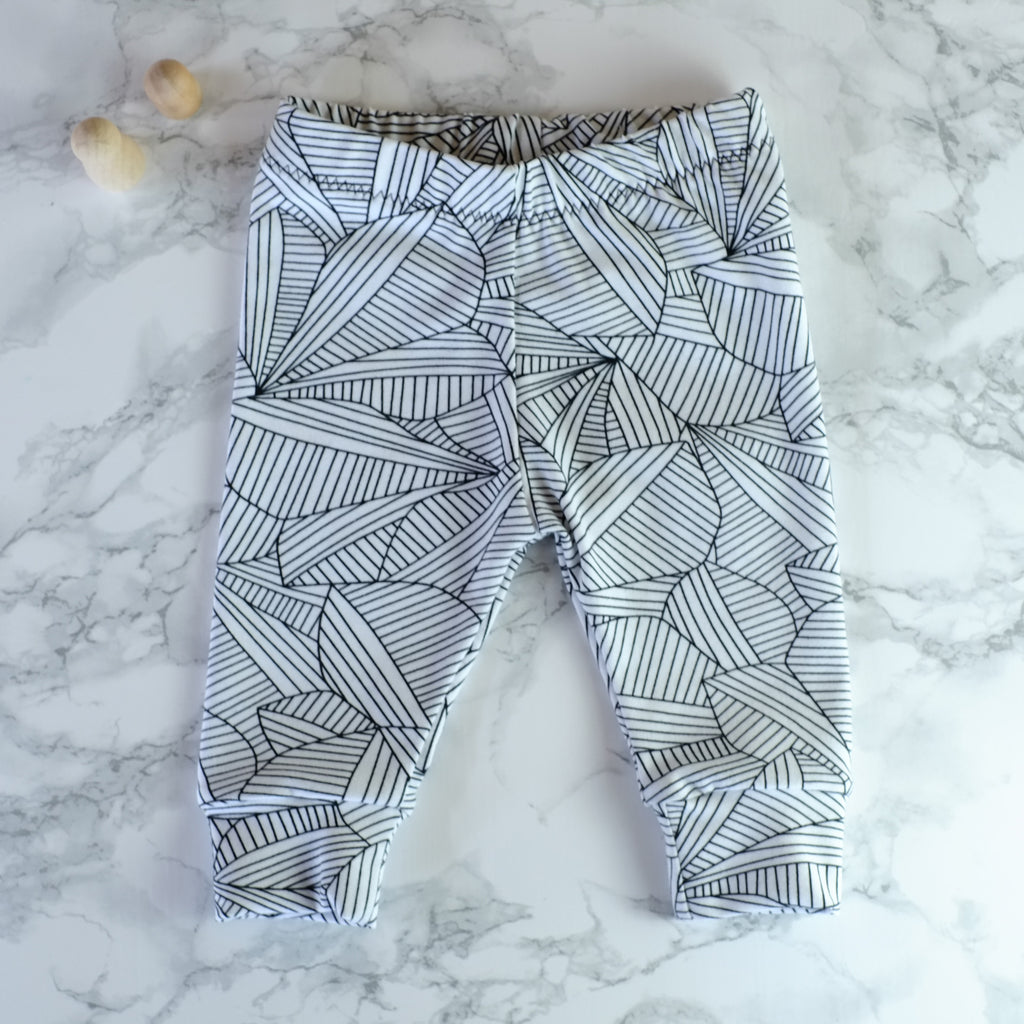 Leaves leggings 3-6m - Little Whirlwinds cool baby clothes and cool older kids clothes and gifts