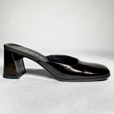 Prada mules in vernice kaki Coll.Made in India, 36.5