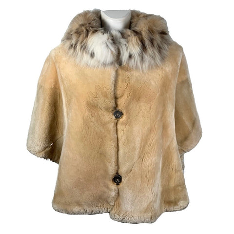 Gianfranco Ferré cape in lynx/beaver fur, 42/44