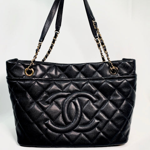 Chanel, borsa Grand Shopping caviar black