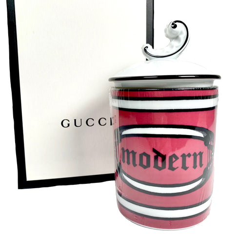 Gucci scented candle in porcelain with print