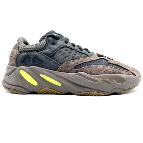 "Adidas Yeezy Boots 700 ""Mauve"", 42"