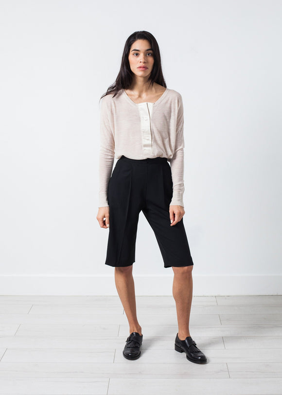Woven Shorts in Black