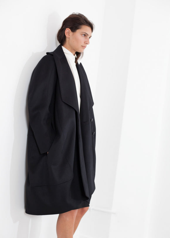 Shahmeena Cocoon Coat in Black