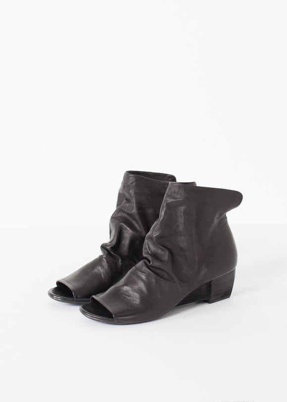 Block Wedge in Black