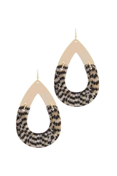 Checkmate Teardrop Shape Earring