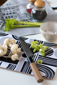 Kuviot cutting board in use