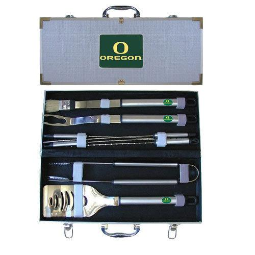 Oregon Ducks 8 pc Stainless Steel BBQ Set w/Metal Case - S@Ssons