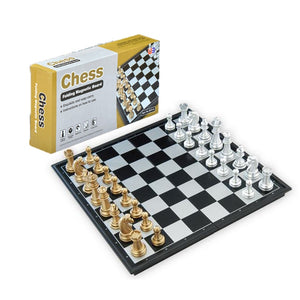 High Quality Chess Game Medieval Chess Set With Chessboard 32 Chess Pieces With Chessboard Gold Silver Magnetic Chess Set WPC
