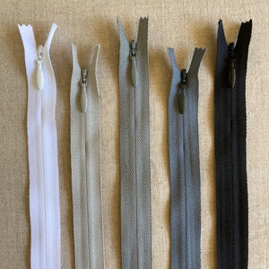 "YKK Invisible Zipper - 9"" Various Colors"