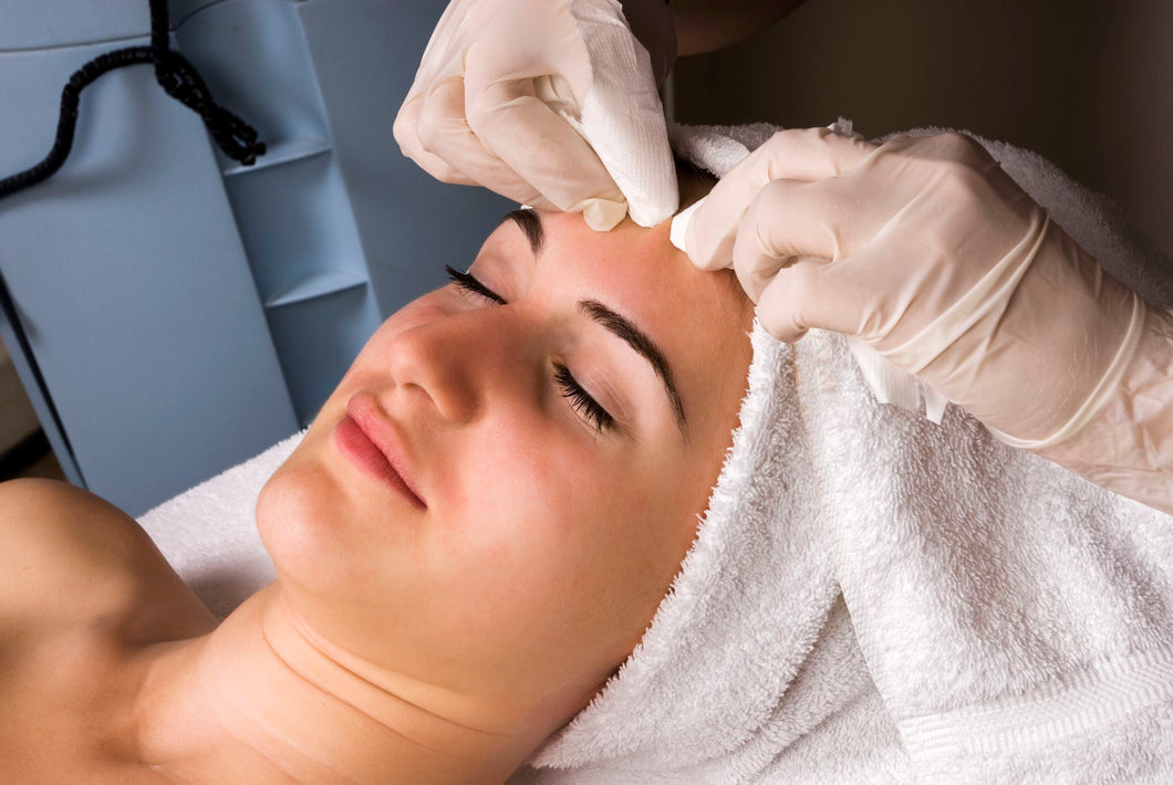 Extractions Facial