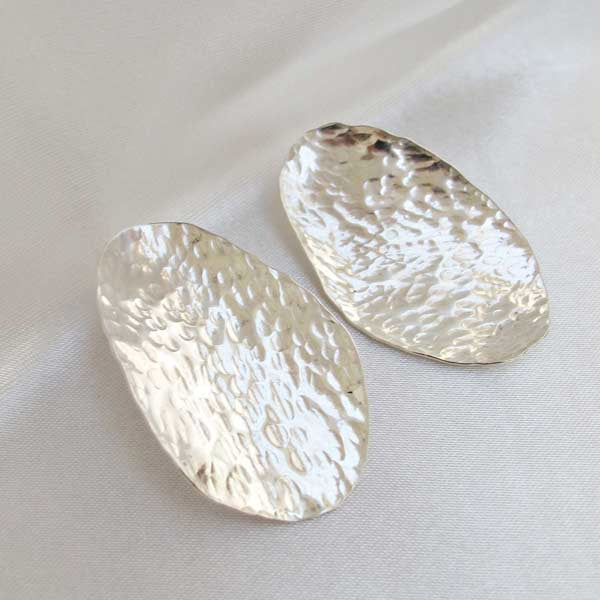 Large Textured Silver Studs - Rêve Ultime