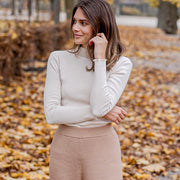Ruffle Turtleneck Cream - Rêve Ultime
