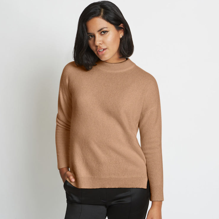 Riley 3D Knitted Cashmere Crewneck Sweater - Caramel