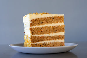 CARROT CAKE PRE-SLICED - 8 SLICES
