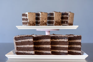 COOKIES & CREAM CAKE PRE-SLICED - 8 SLICES SHIPPING INCLUDED*
