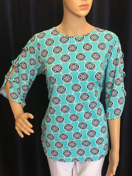 Turquoise/Navy Medallion Open Sleeve