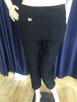Black Scalloped 2 Pocket Capri