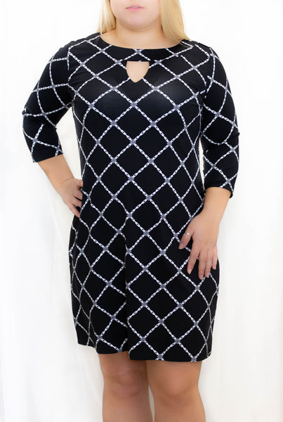 Black Diamond 3/4 Sleeve Keyhole Dress