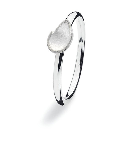 Sterling silver ring with leaf motif.