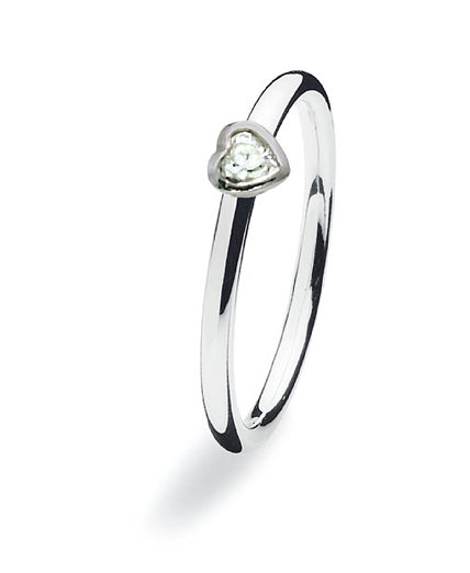 Sterling silver ring with clear cubic zirconia heat setting.