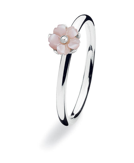 Sterling silver ring with pink mother of pearl setting.